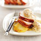 Een heerlijk recept: Varkenshaasje met gebakken aardappelen en mosterdsaus