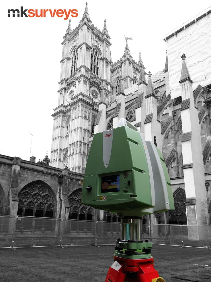 #surveying the Garth - one of the 3 gardens at #WestminsterAbbey to identify #undergroundutilities and any other anomalies relating to the Abbeys organ bellows and historic culverts.