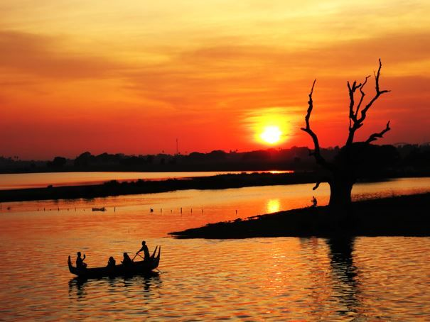 Amazing sunset in amarapura close to Mandalay
