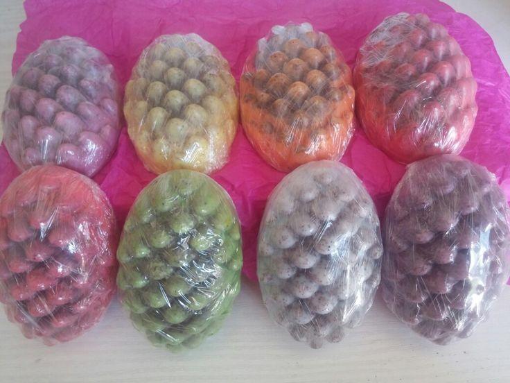 Σαπούνια μασάζ σε πολλά χρώματα για κυτταρίτιδα