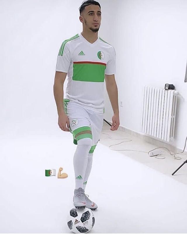 سعيد برحمة بقميص منتخب الوطني الجزائري الجزاير Mens Tops Men S Polo Shirt Mens Polo