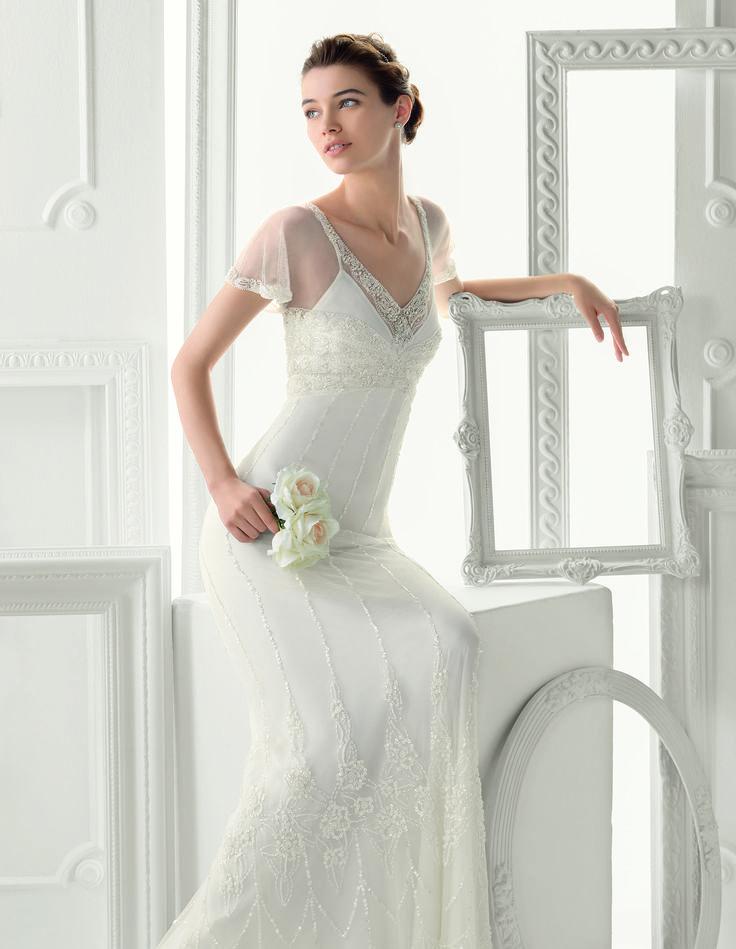 Aire Barcelona - Ontario esküvői ruha http://mobile.lamariee.hu/menyasszonyi-ruha-kollekciok/eskuvoi-ruhak/aire-2015