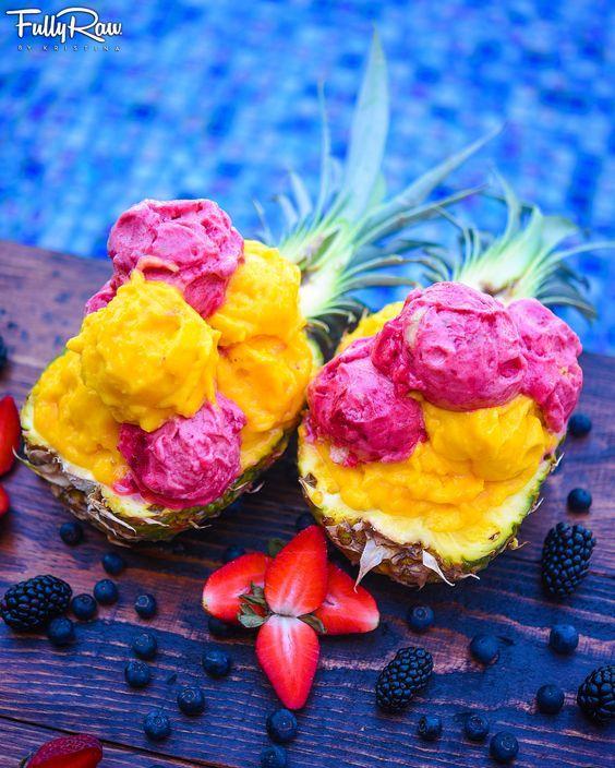 FullyRaw Mango & Raspberry Ice Cream Sorbet in a Pineapple Boat! ✨ ✨ Snapchat: FullyRaw ✨ #fullyraw #vegan #icecream #yum #mealprep #htown #sundayfunday #nicecream: