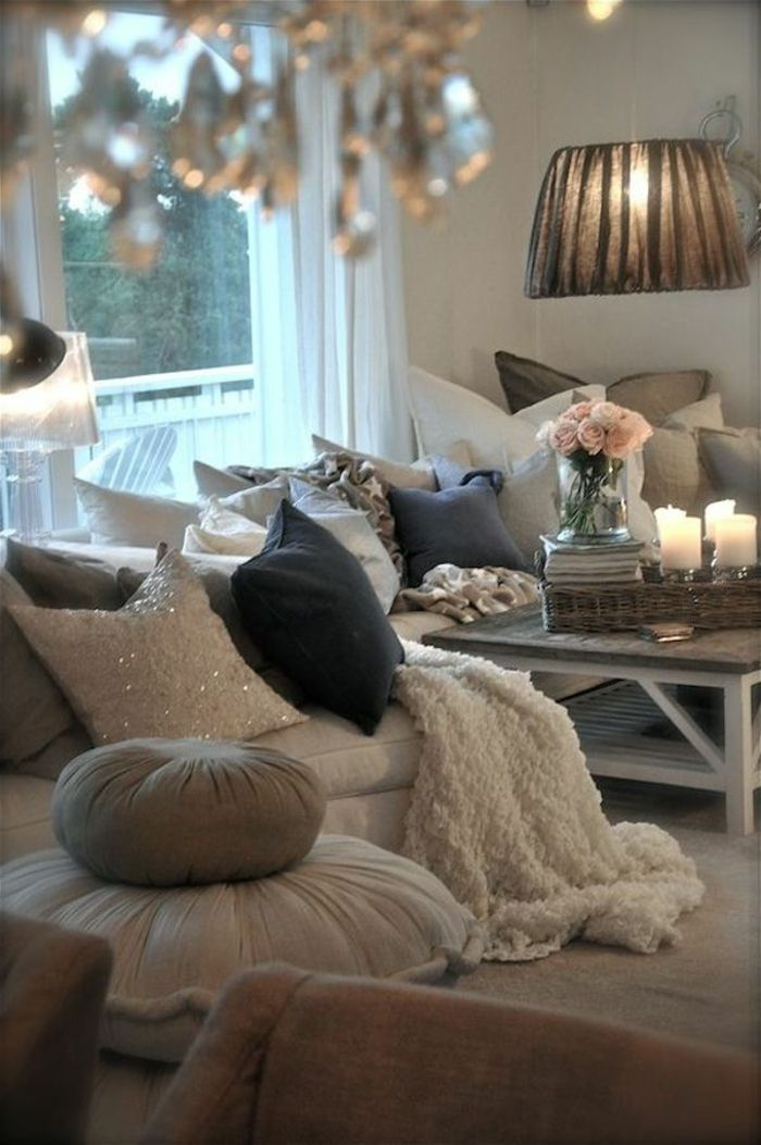 Best 25 salon cosy ideas on pinterest cosy room deco salon and canape salon for Chambre a theme romantique