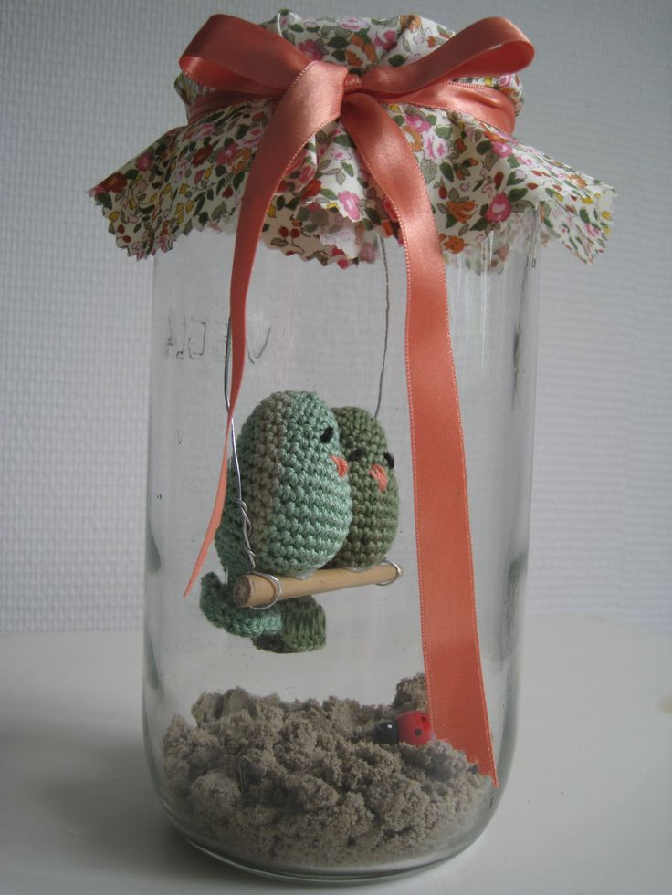 crochet birdies in a jar (how adorable! Would make such a lovely wedding favor or housewarming gift!)