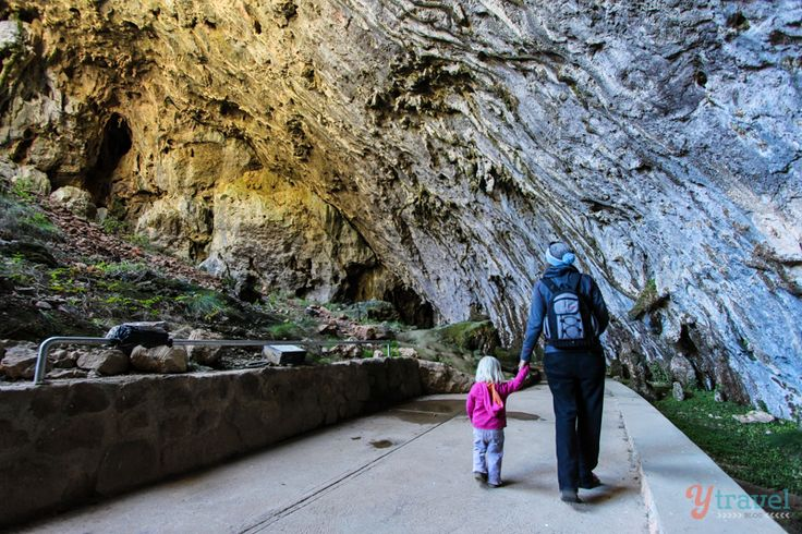 What to Do at Yarrangobilly Caves – Snowy Mountains