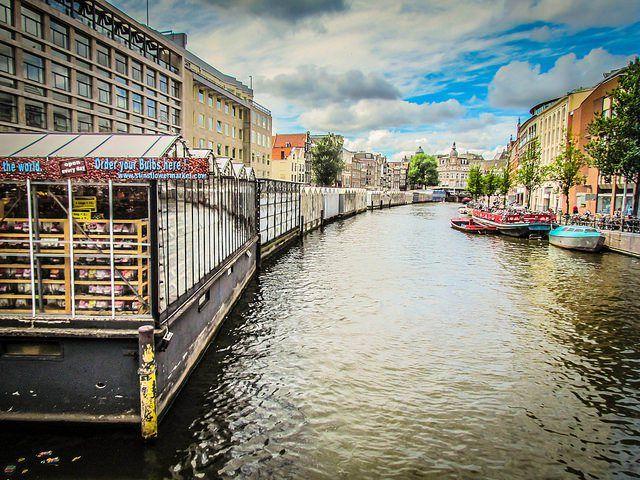 Olanda, mercato dei fiori di Amsterdam (foto di Randy Connolly)