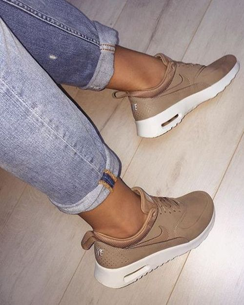nude tones shoes nike