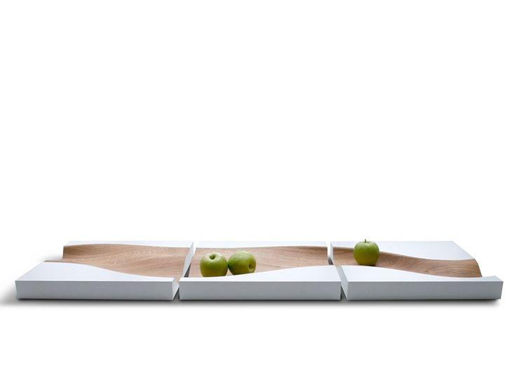 Vassoio rettangolare in rovere VLOED by PER/USE design Studio Segers