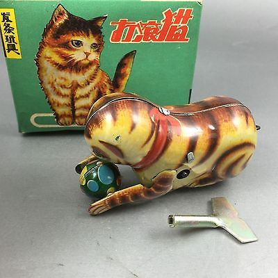 Vintage-Tin-Litho-Tit-Wind-Up-Cat-With-Ball