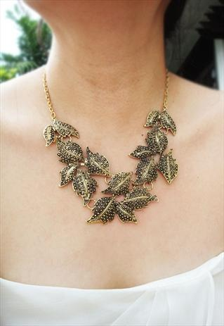 dirty gold tone necklace