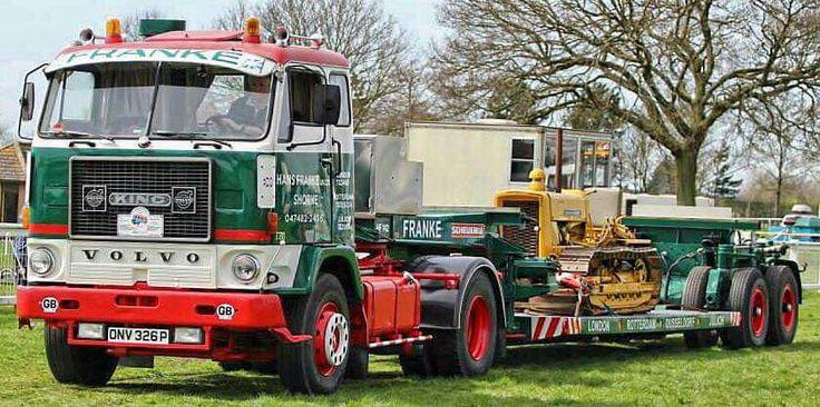 Volvo F 88 zwaar transport. Buldozerje
