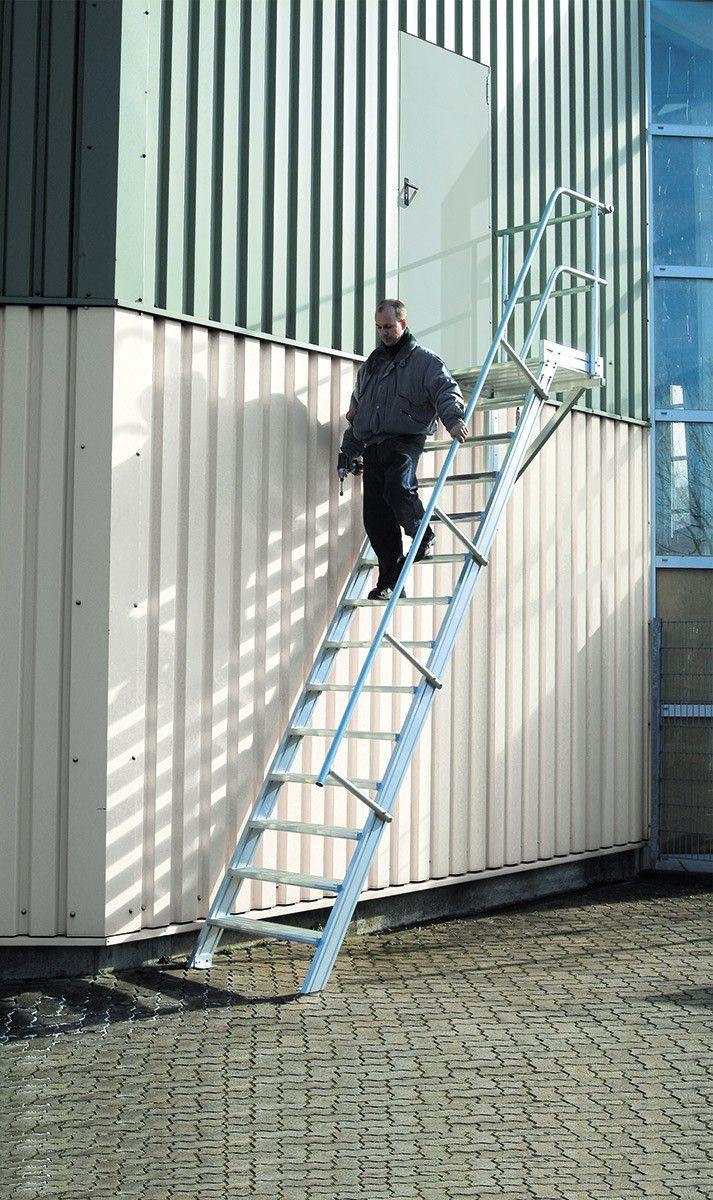 Podesttreppe 60° 17 Stufen – 800 mm breit Alutreppe mit Stufenbreite 800 mm