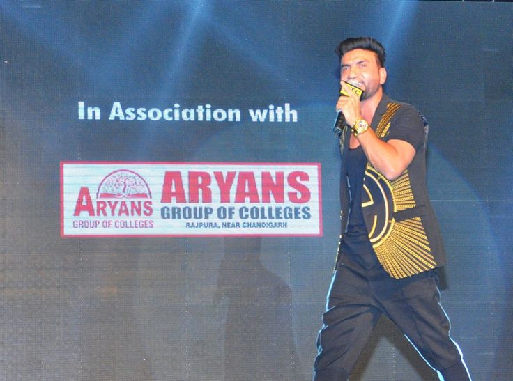 Zorawar Promotional Tour Chandigarh-Roshan Prince, Preet Harpal, Mankirt Aulakh, Gagan Sidhu, Sippy Gill, Harsimran hit the floor with their magnitude performances and made the audience tap on their heels in the musical concert organized by PTC in association with Aryans Group of Colleges, Chandigarh. #AryansGroupofColleges #RoshanPrince #PreetHarpal #MankiratAulakh #GaganSidhu #SippyGill #Harsimran #PTC #YOYOHoneySingh #Zorawar