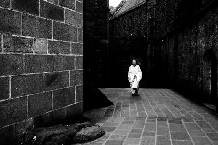 Mont Saint-Michel 2008. A Benedictine monk through the narrow streets of Mont Saint-Michel. #reportage #blackandwhite #France #montsaintmichel #monk #heritage #monastery #all_shots #art #beautiful #capture #composition #exposure #focus #instagood #moment #photo #photography #photooftheday #photos #pic #picoftheday #pics #picture #pictures #snapshot #TagsForLikes