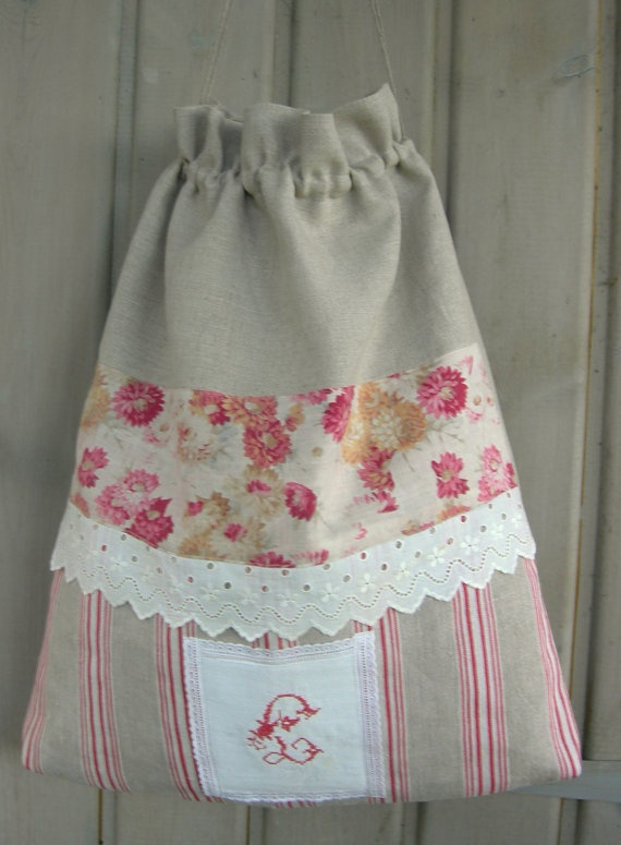 Vintage drawstring laundry bag from antique fabrics by Rosacabane