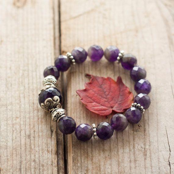 Elastic Amethyst bracelet bracelet Boho Tibetan by MartaDissenys