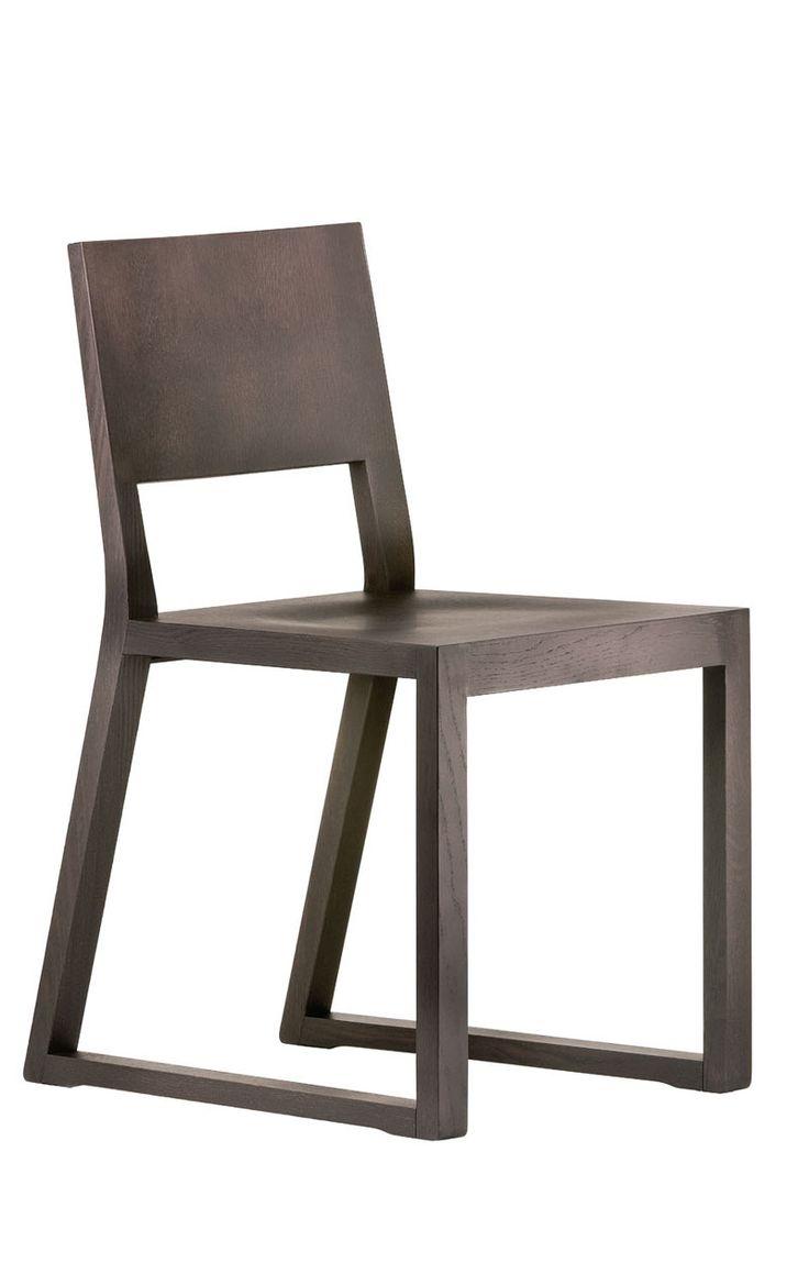 Silla de madera sillas sillones y taburetes de madera for Sillones de madera