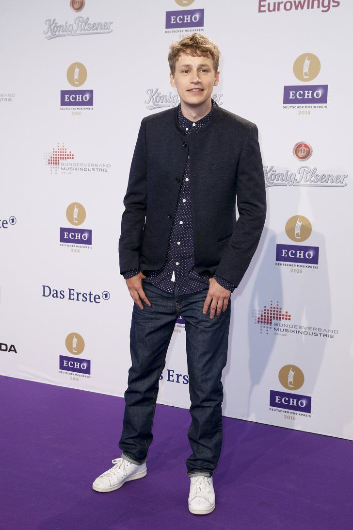 Pin for Later: Seht alle Outfits der Stars beim Echo Tim Bendzko