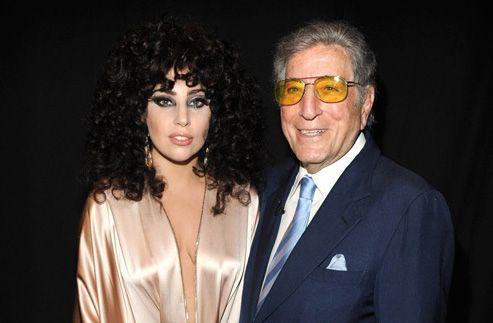 Le duo improbable, Lady GaGa et Tony Bennett, poursuivent l'exploitation de leur album jazzy, Cheek to Cheek. Un disque qui a déjà été défendu par deux singles, I Can't Give You Anything But Love, et, Bang Bang (My Baby Shot Me Down). Voici le nouvel...