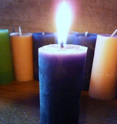 DE GULLE AARDE: kaarsen maken in een wc rolletje