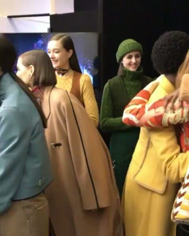 Backstage situation at Hermès. Kita bisa mengintip arahan penuh warna segar di koleksi f/w 2017 Hermès. And we had our eyes on those green dominated looks! Regram from @hermes #Hermes #Bazaarindonesia #pfw #hermesfemme  via HARPER'S BAZAAR INDONESIA MAGAZINE OFFICIAL INSTAGRAM - Fashion Campaigns  Haute Couture  Advertising  Editorial Photography  Magazine Cover Designs  Supermodels  Runway Models