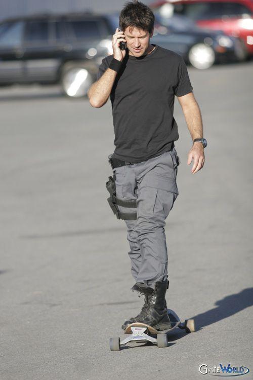 John Sheppard - Stargate Atlantis. This picture makes me smile :-)