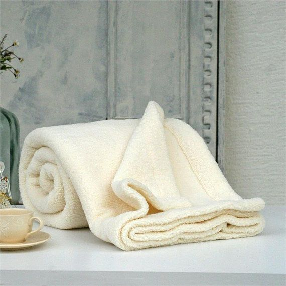IKIKIZ offers you chic and large collections to stay warm and cozy.It's extremely soft and comfortable.