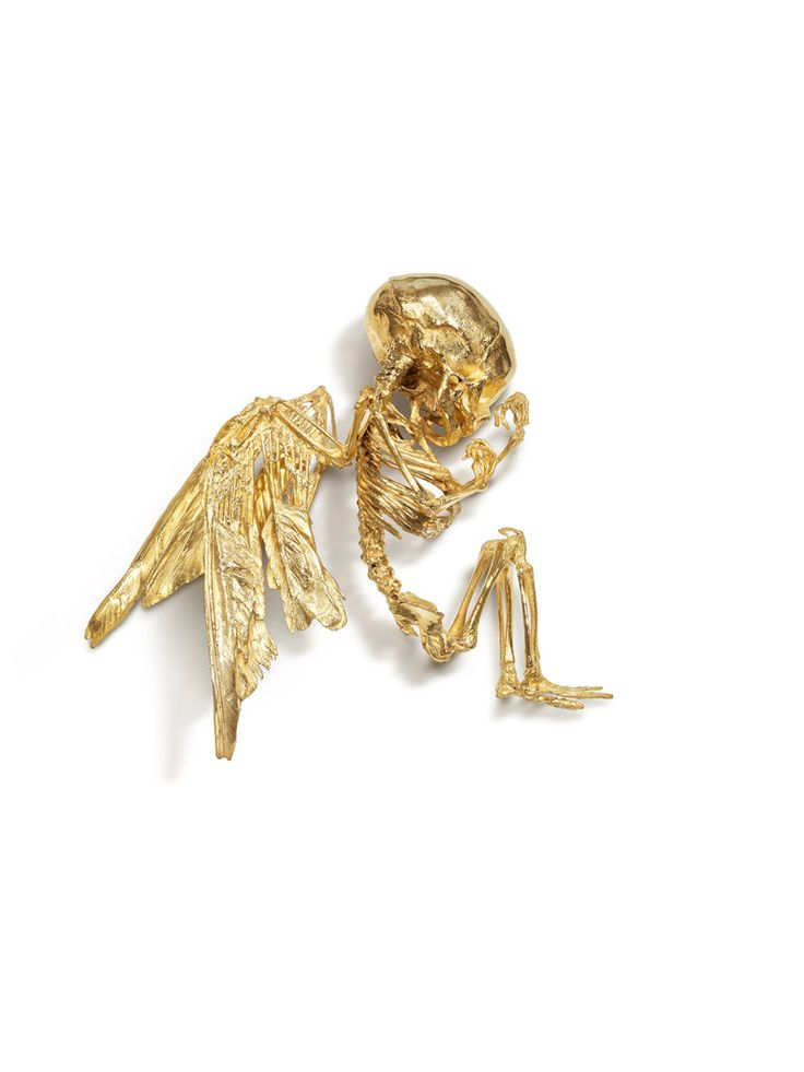 """Cupid's Lie"" de Damien Hirst, 2008 - Gold  4.1 x 14.4 x 12.8 in."