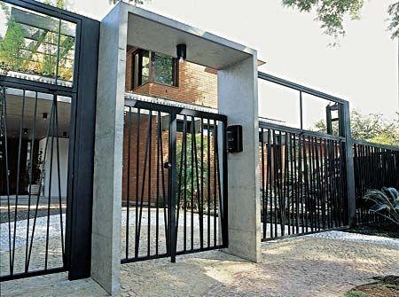 portão para casa moderna