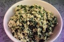 Cottage Cheese & Spinach Scrambled Eggs