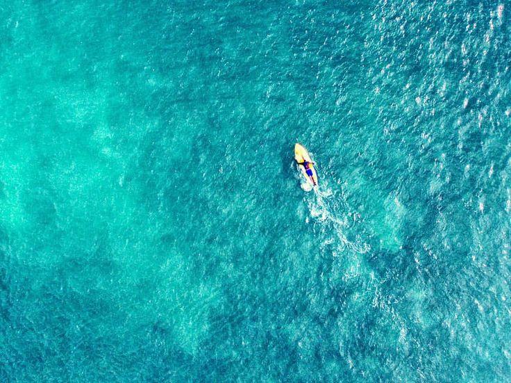 "106 Likes, 8 Comments - Saj D (@sajdaerial) on Instagram: ""Deep green sea 💚 . . . . . . . #cottesloe #sup #standuppaddleperth #cottesloebeach #greenocean…"""