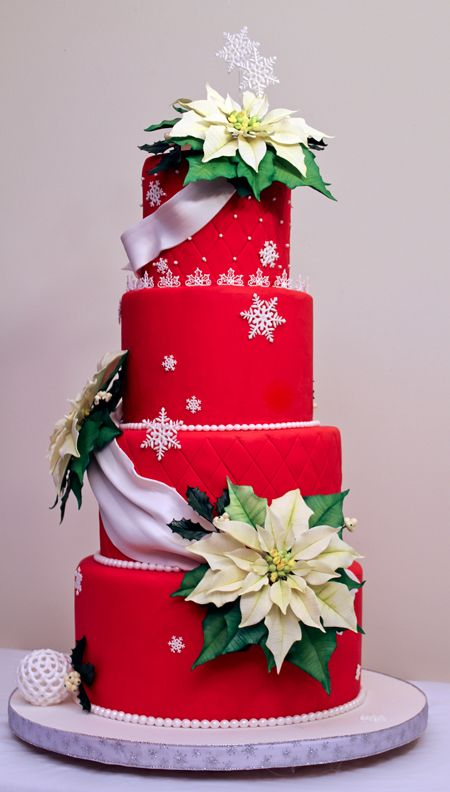 photos of christmas weddings | Christmas Wedding Cakes to Get Your Stomach Growling