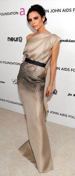 Victoria Beckham | Adela Mei's pick for stylish petite fashion icon