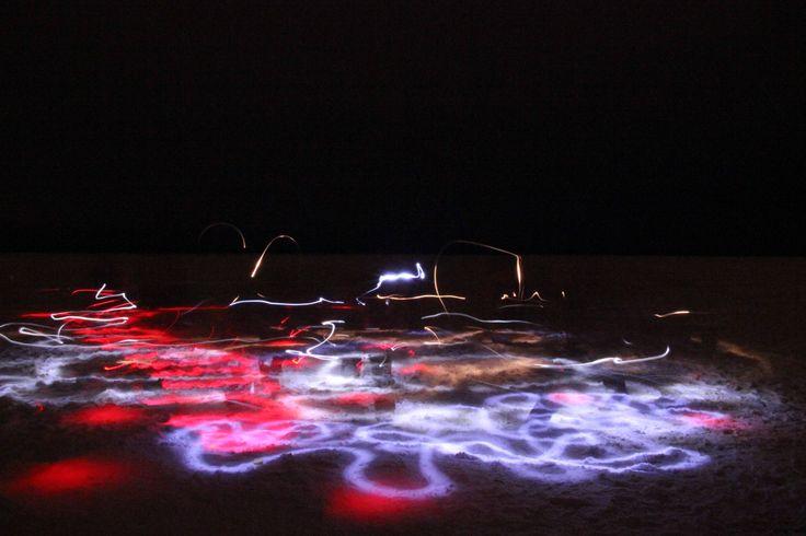 Giochi di luce sul lago ghiacciato - Light games on the iced lake (Alessandro Toneguzzi, Abisko)