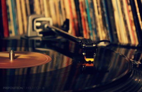 Canciones de música electrónica