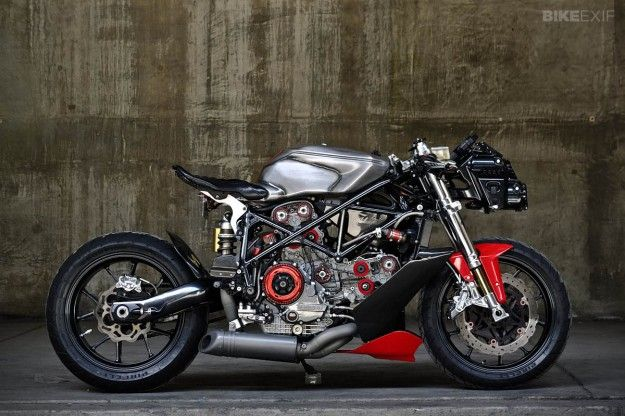 Ducati 749 by Gustavo Penna