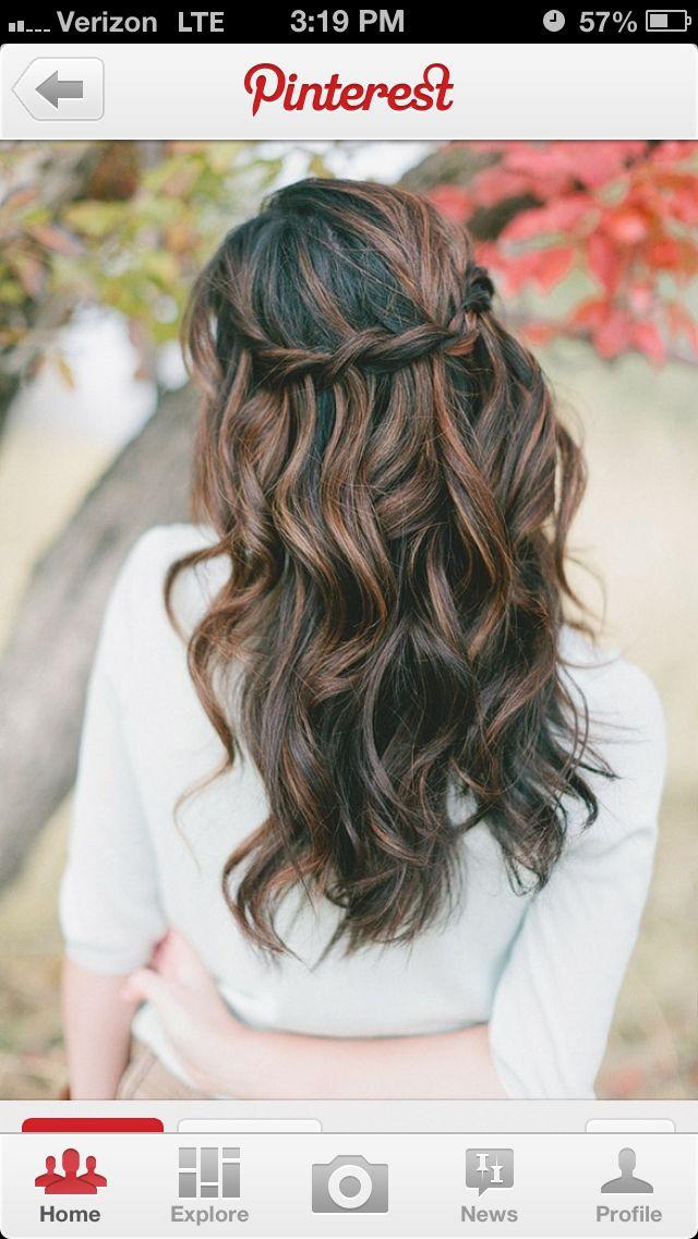 I love the carmel highlights  on this long wavy hair.