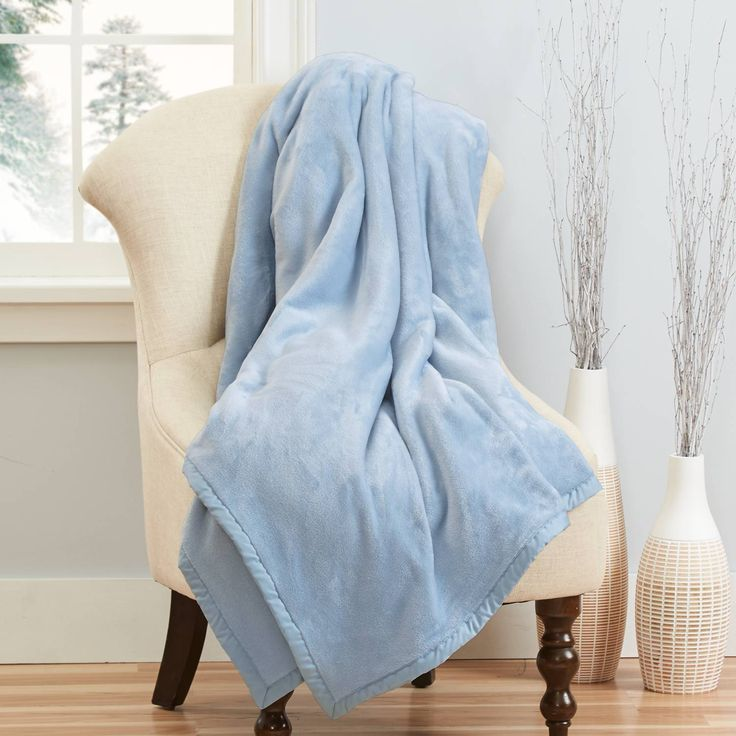 Cozy Fleece Blanket | Fleece blanket, Blanket, Lightweight ...