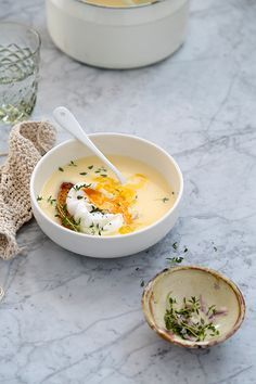 Garlic Soup. Sopa de ajo cremosa con huevos escalfados. Food and Cook by Trotamundos www.foodandcook.net