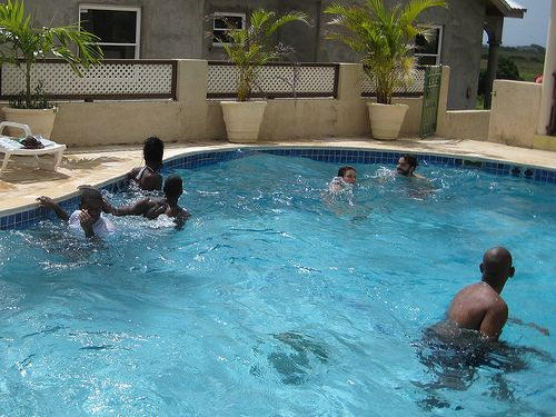 17 best images about swimming pool games on pinterest - Games to play in the swimming pool ...