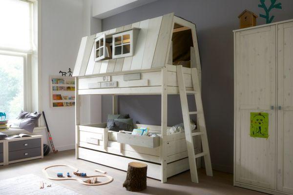 kinder-spielbett-selber-bauen-haus-mit-treppen - weiße farbtönung