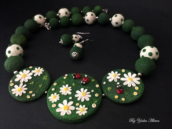 Field daisies necklace Daisy necklace Flower necklace by Amfetrita