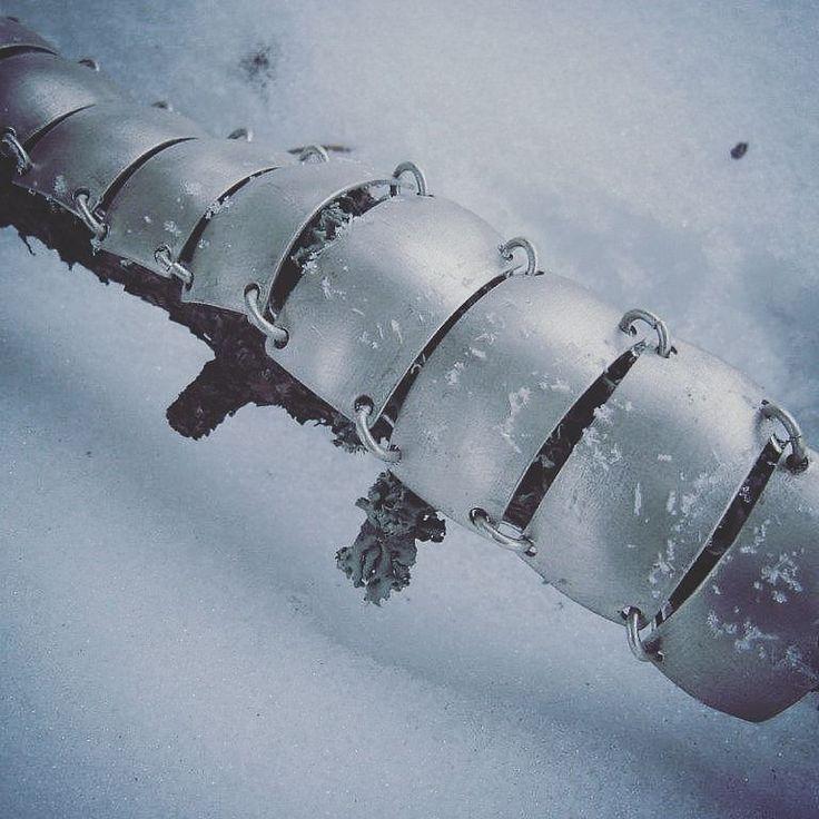 Lunta on tänään tuprutellu - hopeanietos.  #talvi #hopea #rannekoru #anuek #koruseppä #kerava #winter #silverjewellery #bracelet #finnishdesign