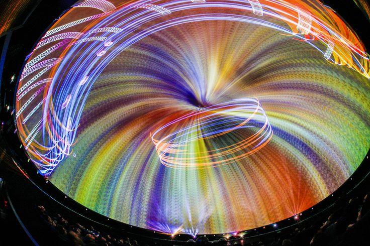 Pokaz laserowy w Planetarium CNK / Laser show in CNK's planetarium / photo by Wojciech Surdziel