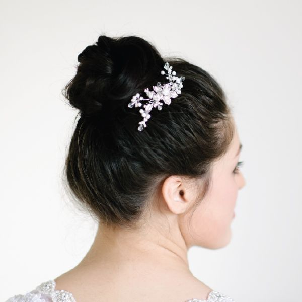 Pearl Bridal Hair Comb by Pearl & Ivory ®  - Find more inspiring bridal hair accessories from our collection www.pearlandivory.com/hair-adornments. Photography by Yolande Marx #PearlandIvory #HairAdornments #HairAccessories #HairCombs #Pearl #Cubic Zirconia