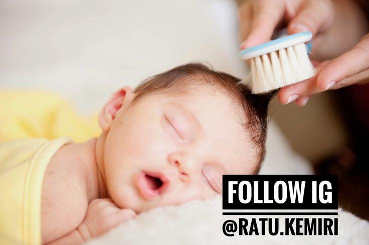 Rambut bayi juga bisa mengalami kerontokan. Simak info penyebab rambut bayi yang rontok berikut ini. #penyebabrambutrontok #rambutrontok #rambutbayirontok #merawatrambutbayi #merawatrambutrontok