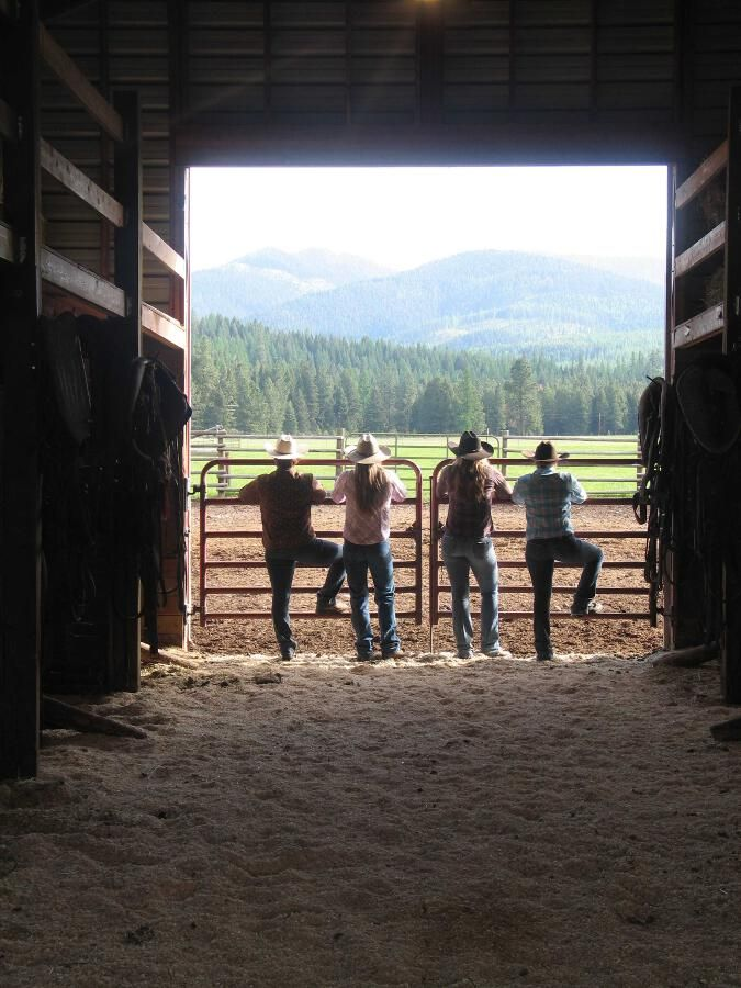 A long-time family guest ranch, Rich Ranch in Montana offers an up close look at the western way of life, including a dude ranch, pack trips, fishing and hunting.