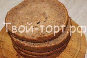 Рецепт шоколадного бисквита http://feedproxy.google.com/~r/tvoi-tort/~3/YwS7dc1VmmI/retsept-shokoladnogo-biskvita.html  Бисквит является достаточно универсальным лакомством. Его можно использовать как для приготовления торта, так и для обычного чаепития. Уверяю, в своём первозданном виде шоколадный бисквит ничем не хуже обычного. Шоколадный вкус придаёт бисквиту некую необыкновенность, своеобразность. Ингредиенты: Пшеничная мука – 230 грамм Какао – порошок – 30 грамм Сахарный песок – 200…