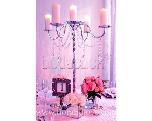 Bouquets de flores con un toque vintage / centros de mesa para boda
